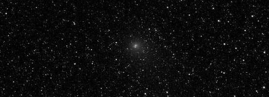 Komet C/2014 E2 Jaques fotograferad genom T18-teleskopet i observatoriet i Nerpio i södra Spanien på torsdagskvällen den 11.9. det är en medelstor CDK. Exponeringen varade 120 sekunder och gjorde i luminancekanalen. Foto: Jörgen Danielsson/iTelescope.net