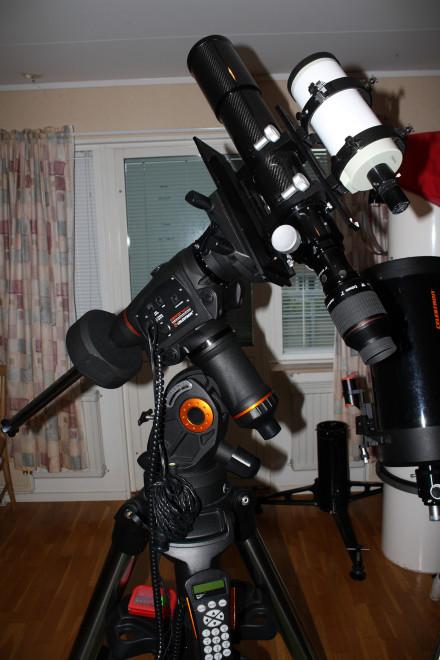 CGEM DX med min 80mm ED f/7 refraktor och ett guideteleskop.