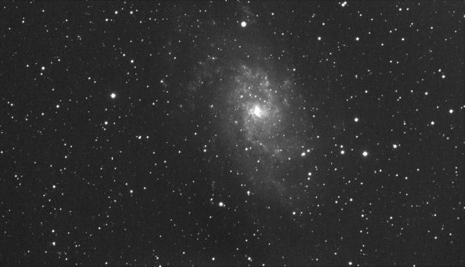 M33_lumi_20sek_18st_bin2x2_30112016_102mm_f7_full_kalibrering_jdanielsson_Untitled10_crop.jpg