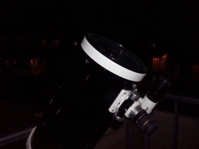 Sky Watchers 10 tummare f/5 Newton i premiär ute på balkongen