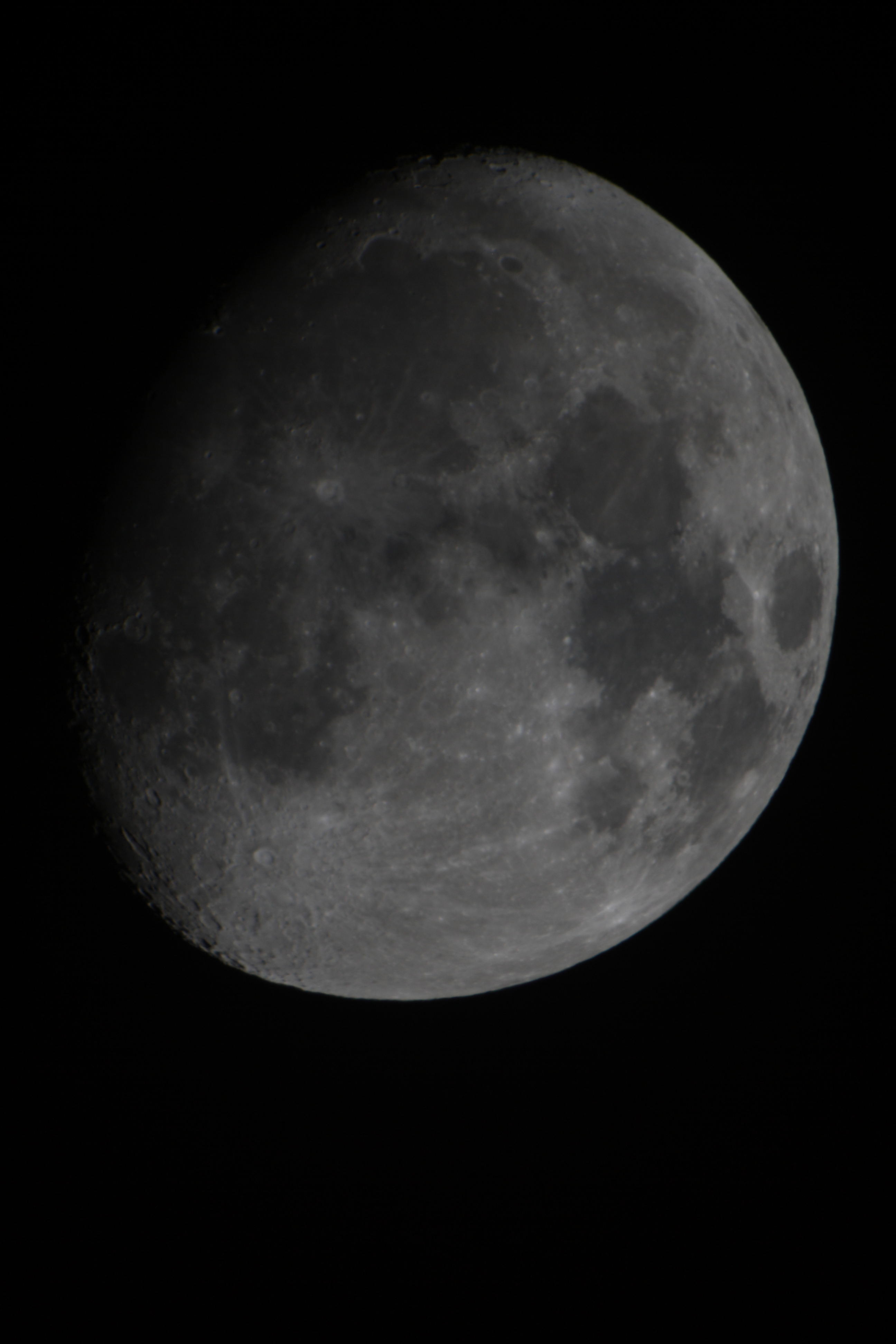 moon_31102017_21UT_600mm_edref_2xapo_barlow_f14_eos1000D_1_50s_iso100_jdanielsson_IMG_0059-1.jpg