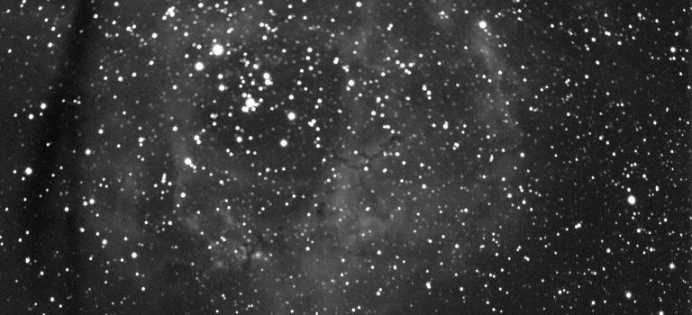 En berömd, stor nebulosa på vinterhimlen