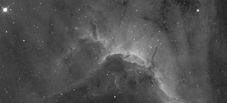 Deep Sky-objekt i vätets mörkröda ljus