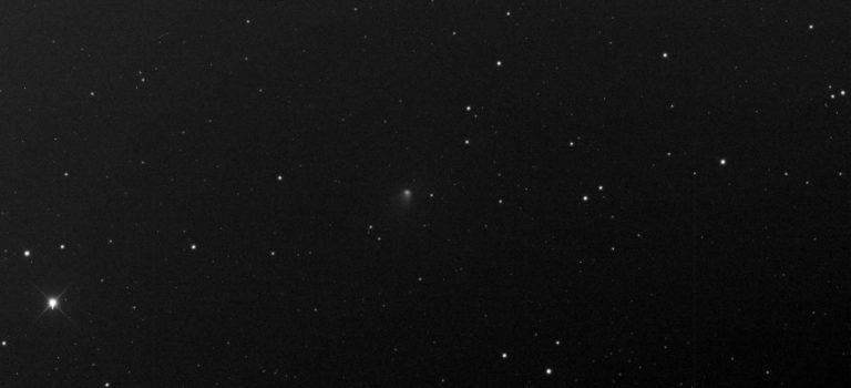 Komet P156/Russel-LINEAR är av tionde magnituden