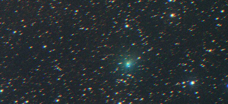 Atlas är en svag komet i sydöst på morgonhimlen